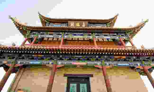 The Ming-dynasty Jiayuguan Fort guards the wesetrn end of the Great Wall (Dreamstime)