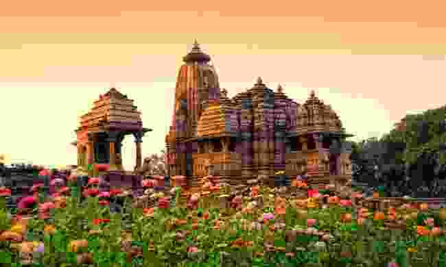 Devi Jagdamba Temple at Khajuraho (Shutterstock)