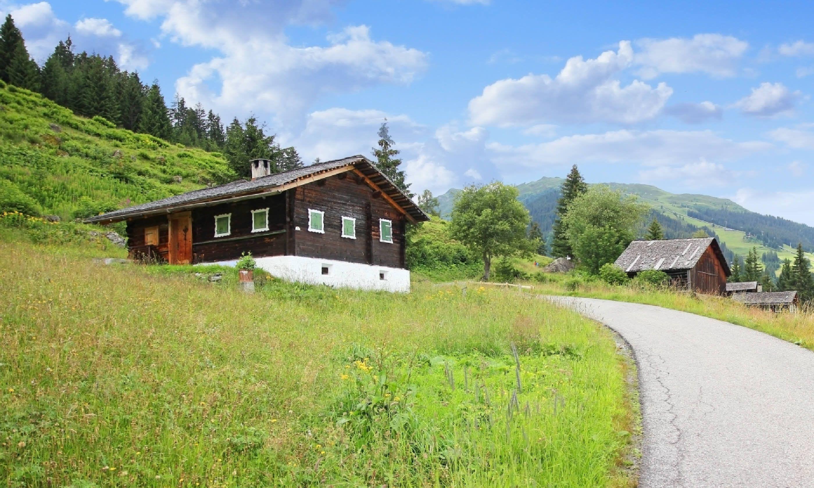 Hiking hut in Vorarlberg (Shutterstock)