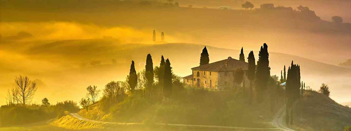 Morning light in Tuscany (Dreamstime)