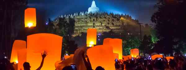Celebrating Vesak at Borobodur (Shutterstock)
