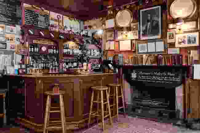 The bar at the Wykeham Arms (Wykeham Arms)