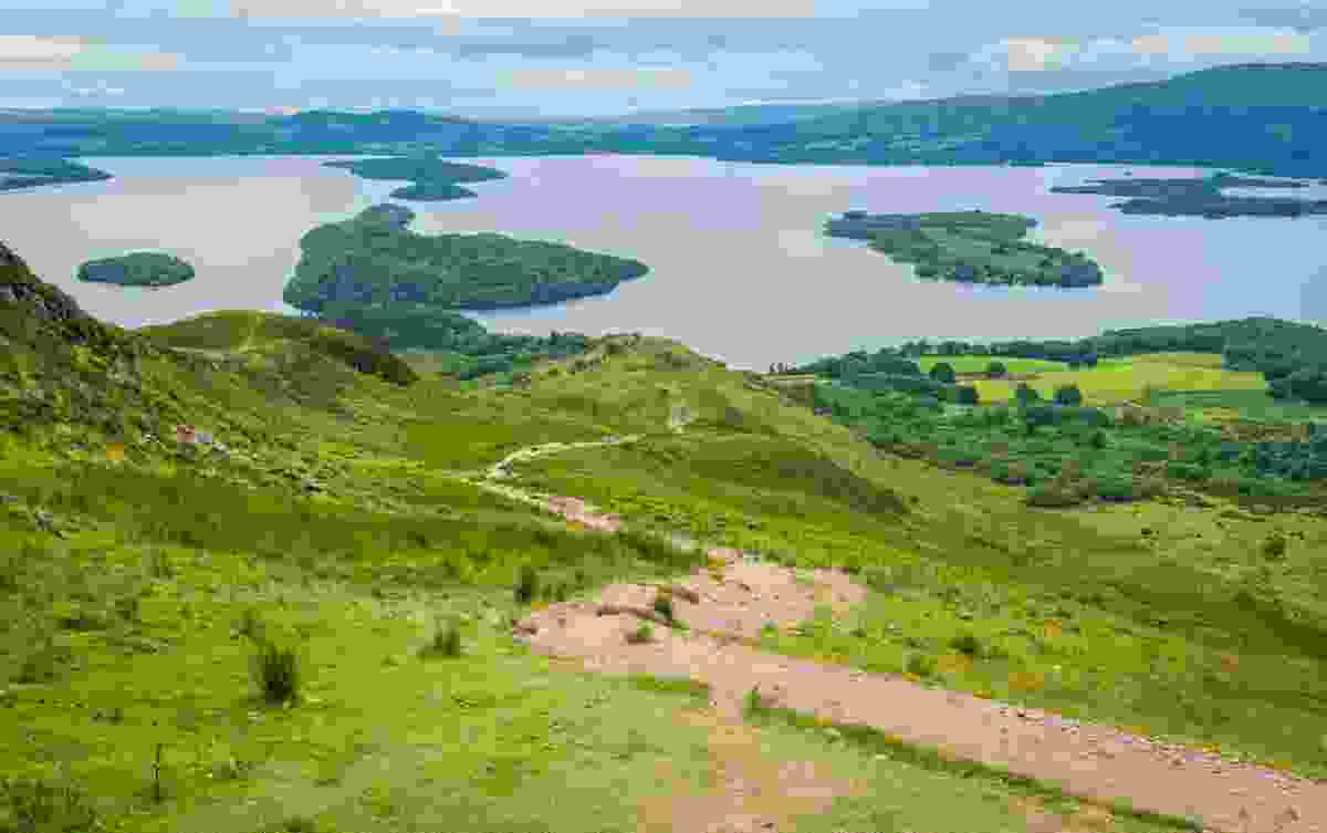 Conic Hill, an easier walk with excellent views of Loch Lomond (Dreamstime)