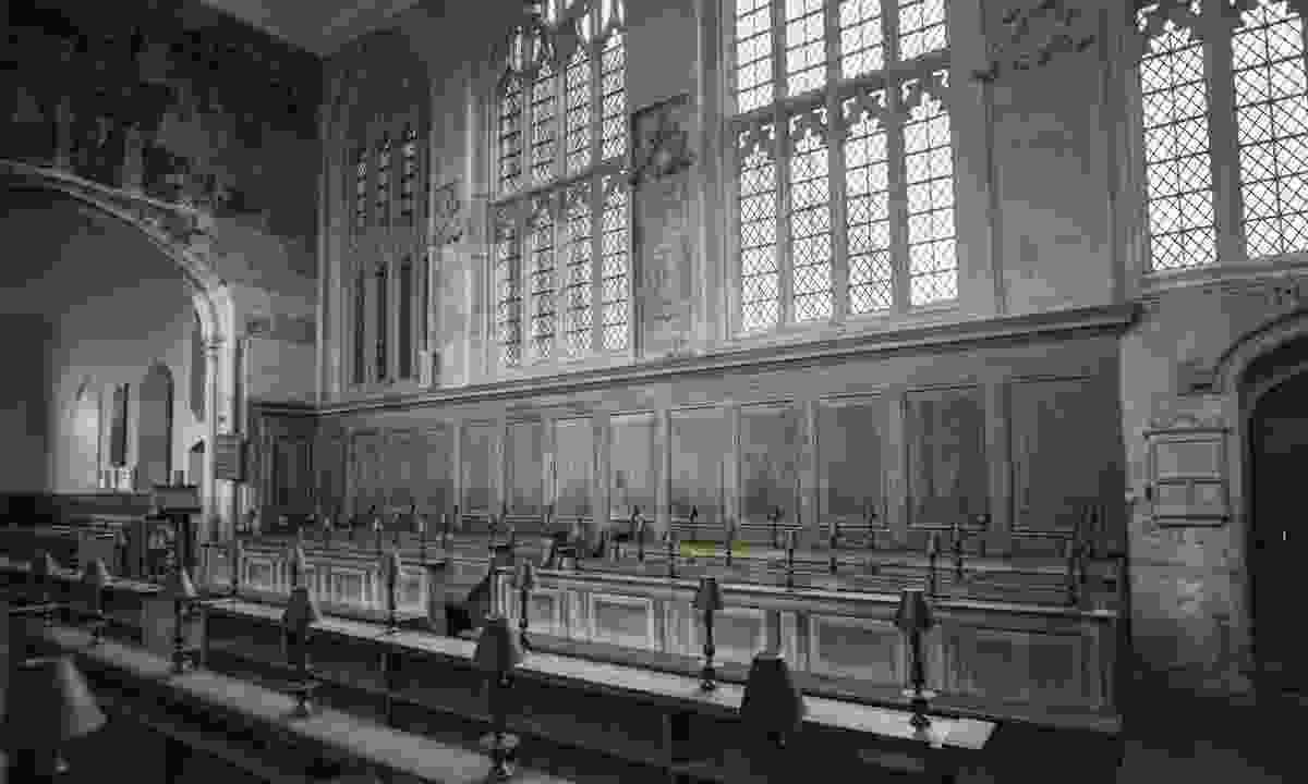 Inside Guild Chapel (Shutterstock.com)