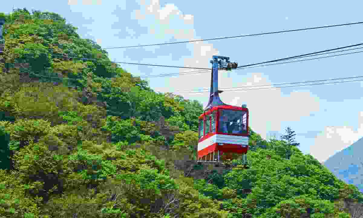 The Akechidaira Ropeway gliding above the trees