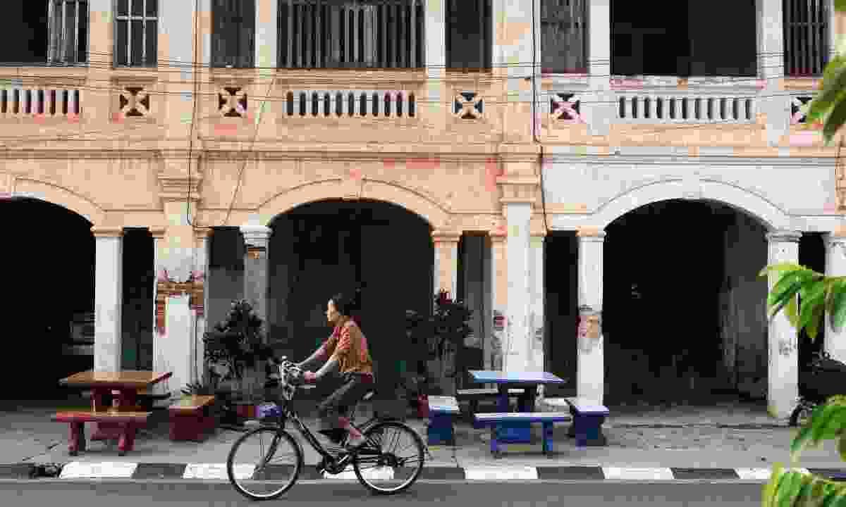 Colonial-era architecture still dominates Savannakhet (Shutterstock)