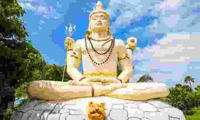 Sampunaatheecharam Shiva Temple near Jaffna (Shutterstock)