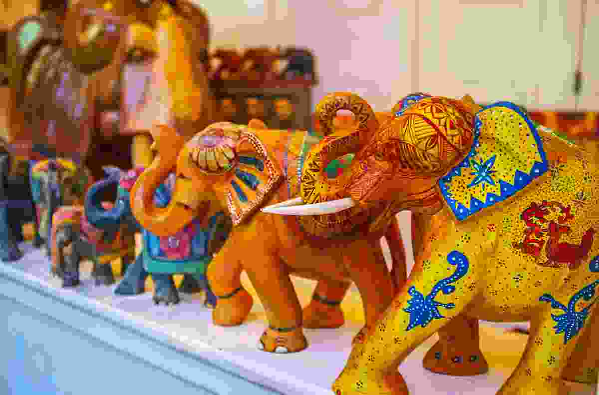 Souvenir art painted on elephants, available in Sri Lanka (Shutterstock)