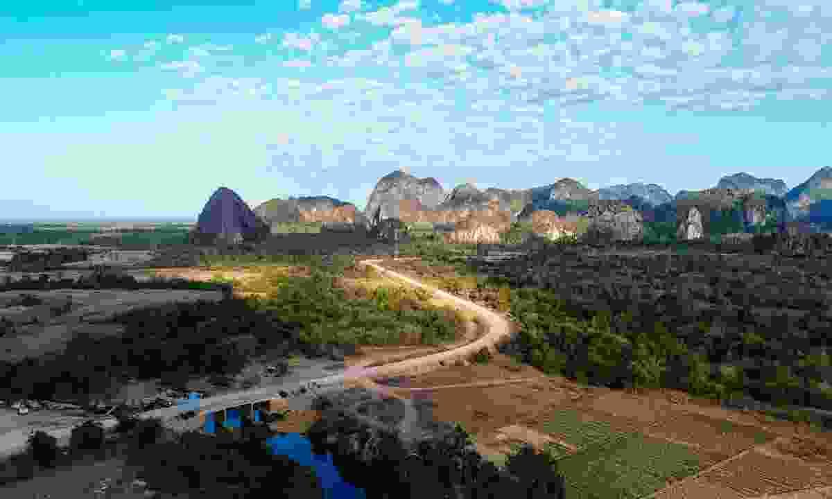 The karst-studded landscape of Khammouane Province (Shutterstock)