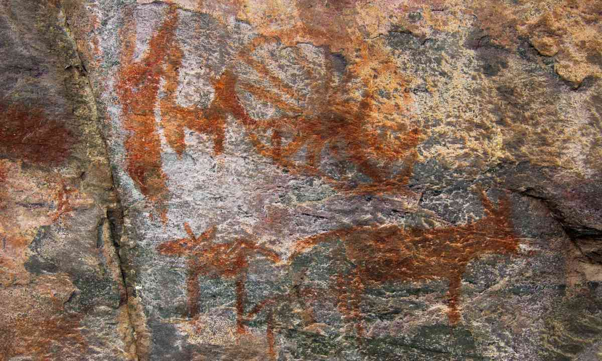 Rock paintings on Tsodilo Hill (Shutterstock.com)