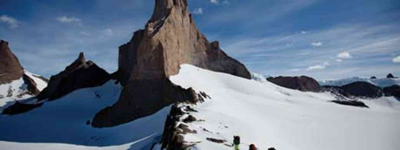 Ulvetanna, Antartica (Alastair Lee)