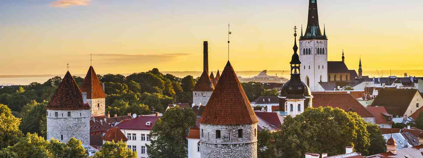 Sunrise over Tallinn (Dreamstime)