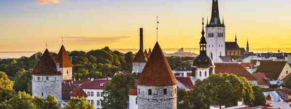 Sunrise over Tallinn (Dreamstime)