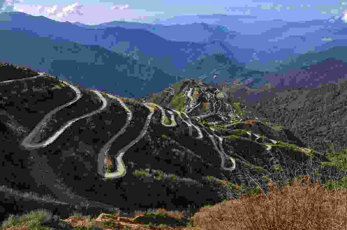 A winding section of the Silk Road (Dreamstime)