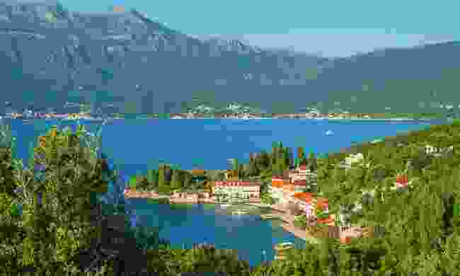 Pretty village of Rose on the Bay of Kotor (Shutterstock)