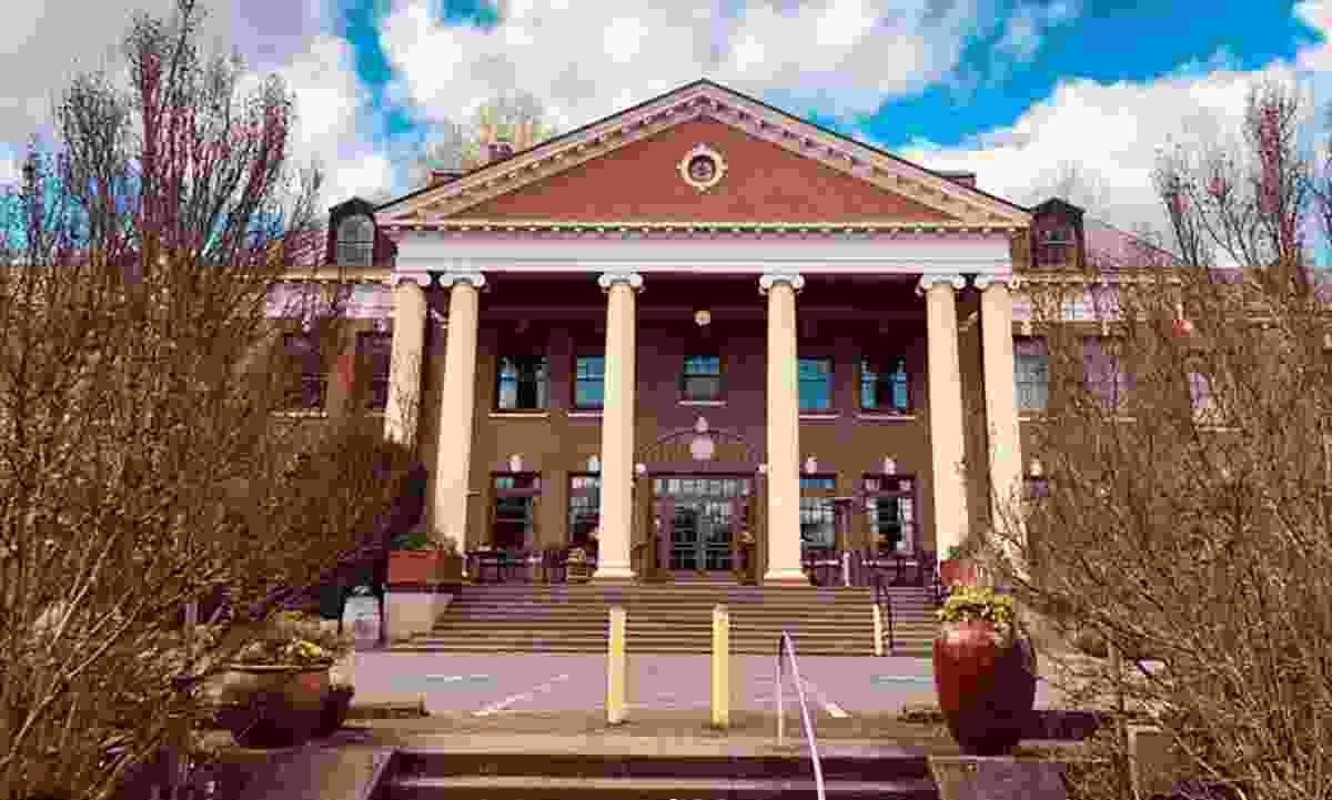 McMenamins' Grand Lodge, Forest Grove (McMenamins)