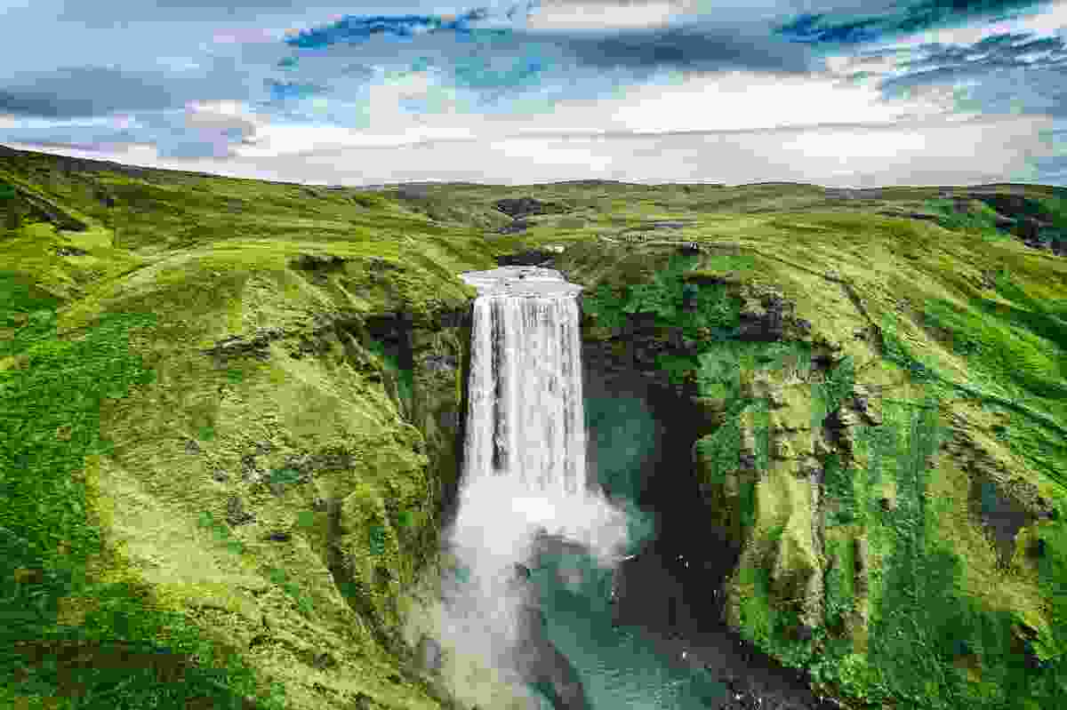 Skógafoss waterfall in all its natural glory, Iceland (Shutterstock)