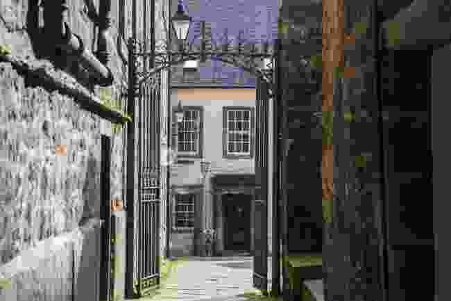 Tweeddale Court (Shutterstock)