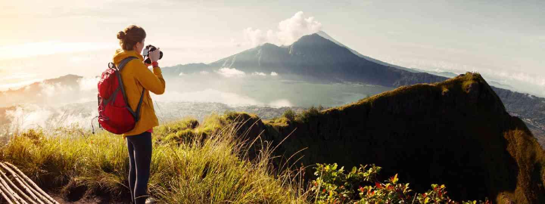 Hiker travel photographer (Shutterstock)