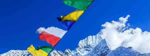Prayer flags flutter over the Nepalese Himalaya (LVW/wanderlust.co.uk/mywanderlust)