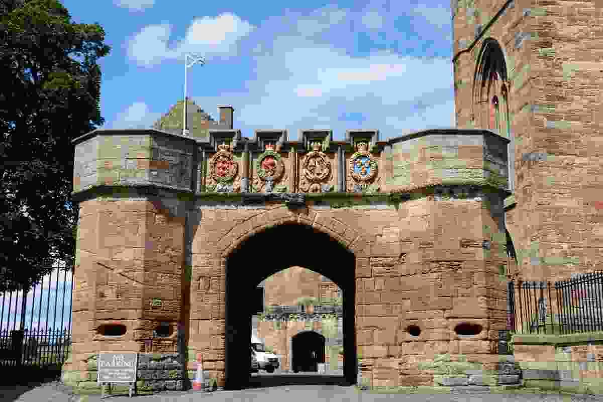 Linlithgow Palace entrance (Dreamstime)