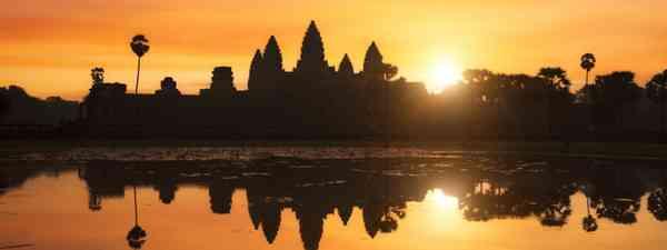 Angkor Wat at sunrise (Dreamstime)