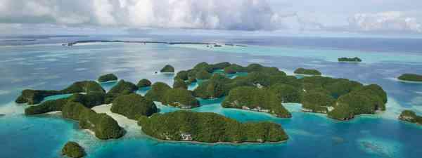 An aerial view of Palau's Seventy Islands Nature Reserve (dreamstime.com)