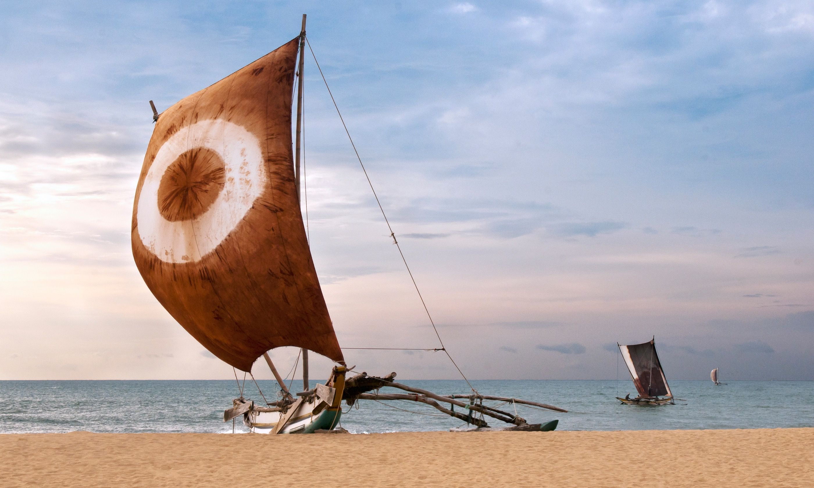 Sri Lankan fishing boat (Shutterstock.com)