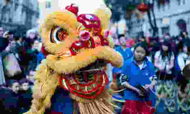 Lion dance on the streets of Paris (Shutterstock)