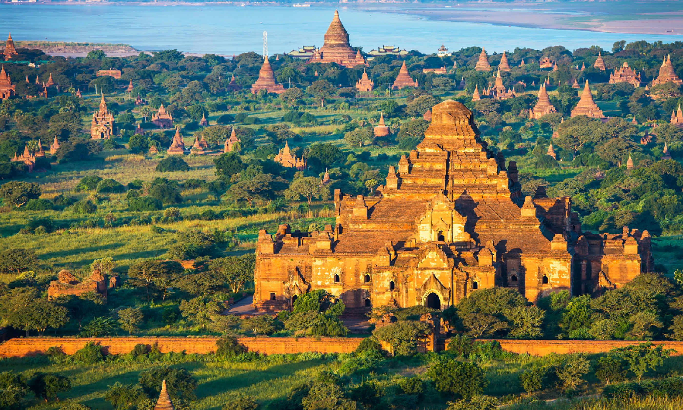Ancient Pagodas in Bagan (Shutterstock)