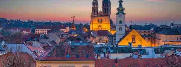 Main image: Twilight in Zagreb (Dreamstime)