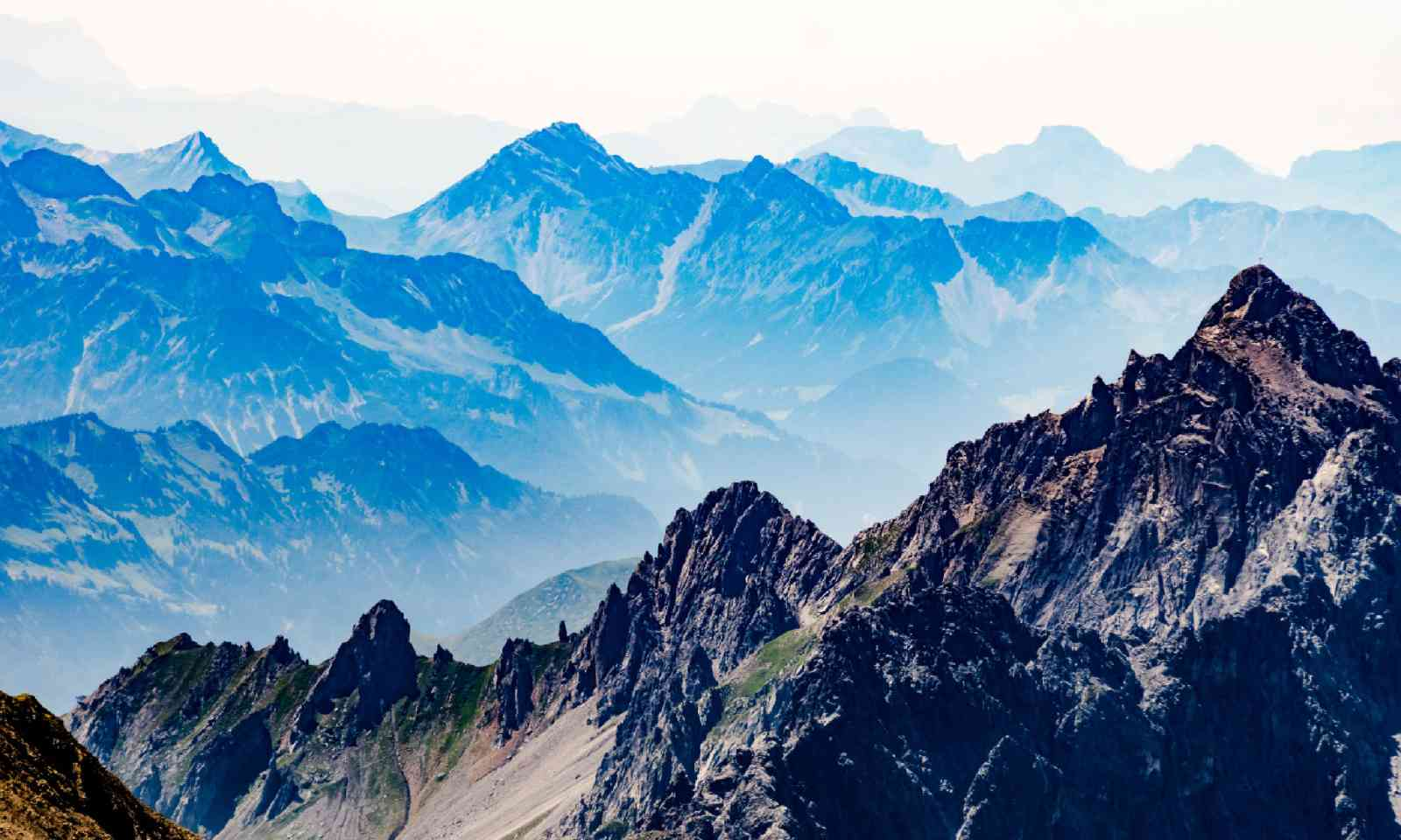 St. Anton am Arlberg in August (Shutterstock)