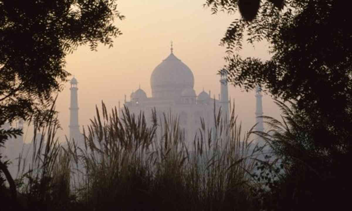 Taj Mahal framed (Steve Davey)