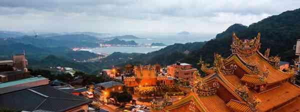 Visit the Buddhist sites of Taiwan (Taiwan Tourism Bureau)