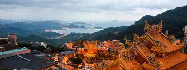 Visit the Buddhist sites of Taiwan (Taiwan Tourism Bureau)