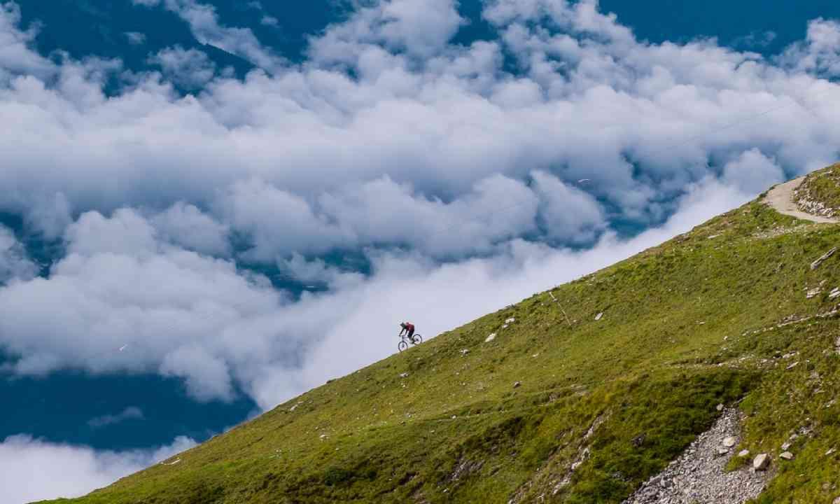 Biking in Austria (Shutterstock)