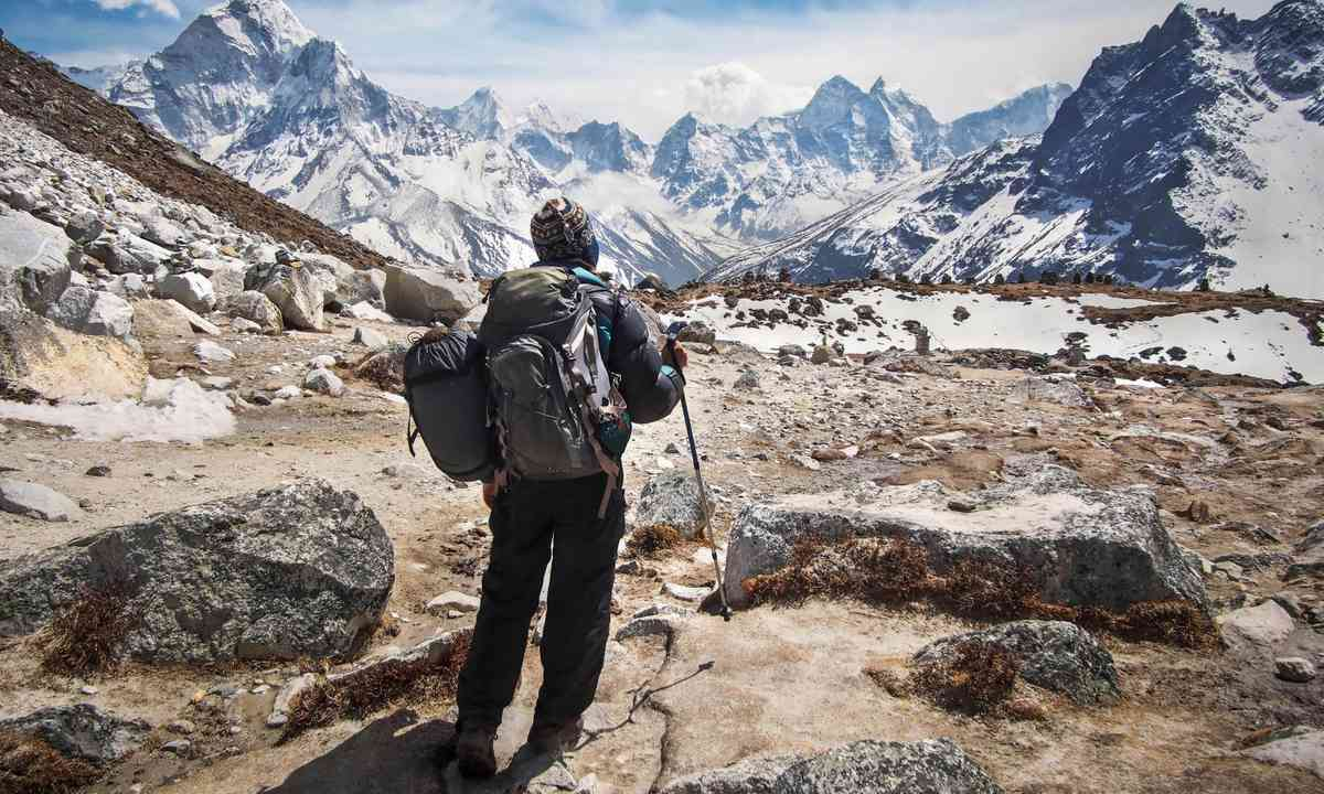 On the trail to Everest Base Camp (Dreamstime)
