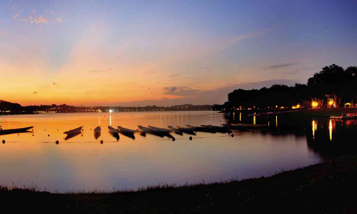 Sunset at the Bedok Reservoir