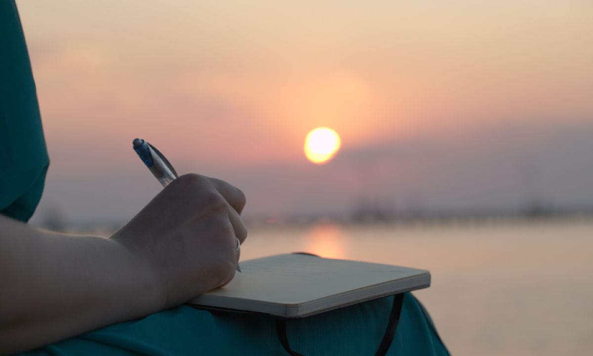 How to write the perfect travel journal
