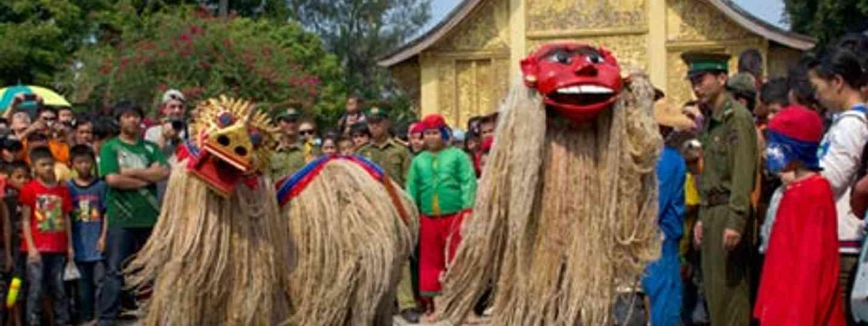 Laos New Year celebrations (Steve Davey)