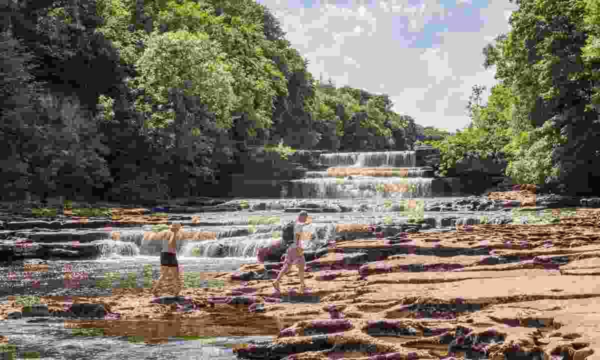 The Lower Falls at Aysgarth (Shutterstock)