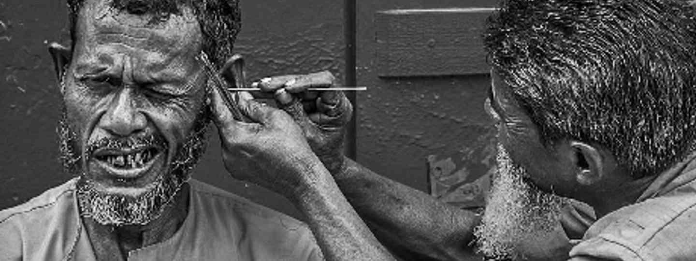Careful, brother... (Bagbazar, Kolkata, India) by Sandipan Mukherjee