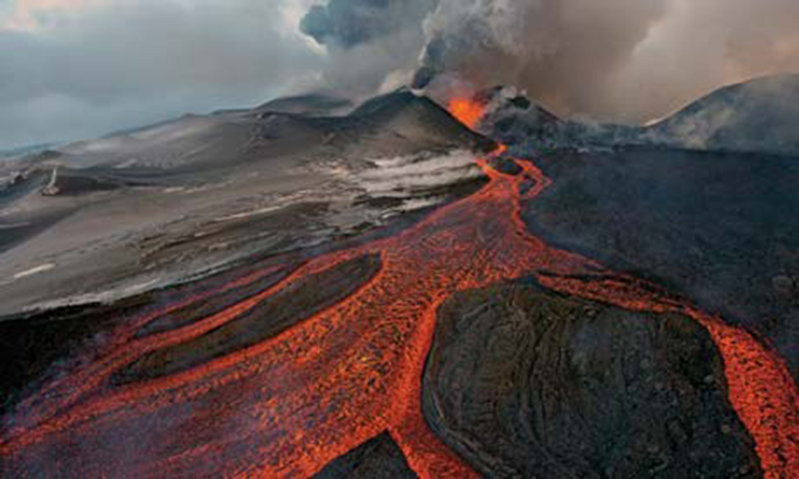 The Cauldron, Kamchatka (Sergey Gorshkov)