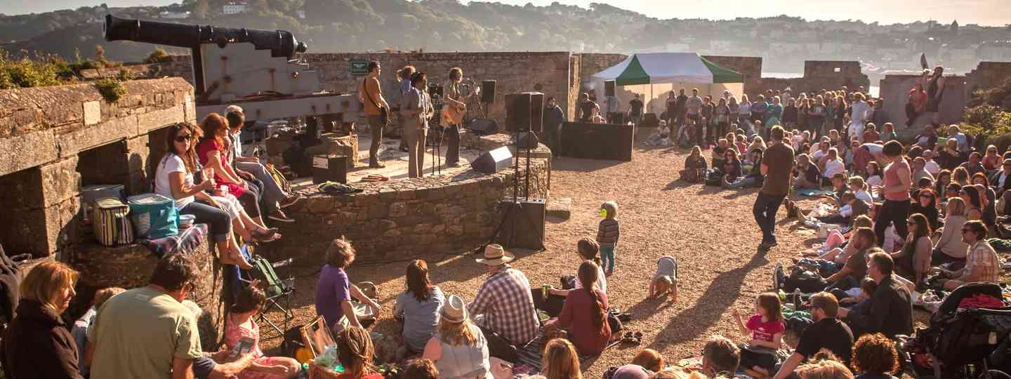 Band playing at the Heritage Festival (ChannelIslands)