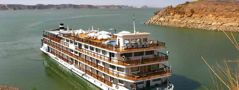 Cruising The Nile in Egypt (www.balesworldwide.com)