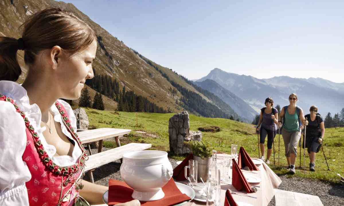 Culinary hikes (Adolf Bereuter, Bregenzerwald Tourismus)