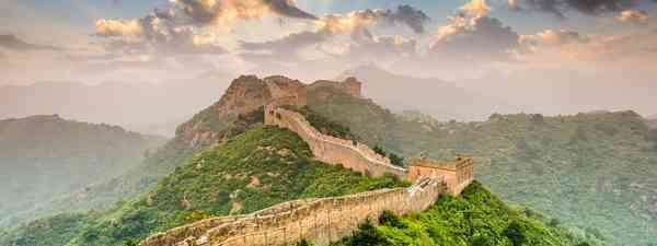 Great Wall of China Jinshangling/Simatai (dreamstime.com)