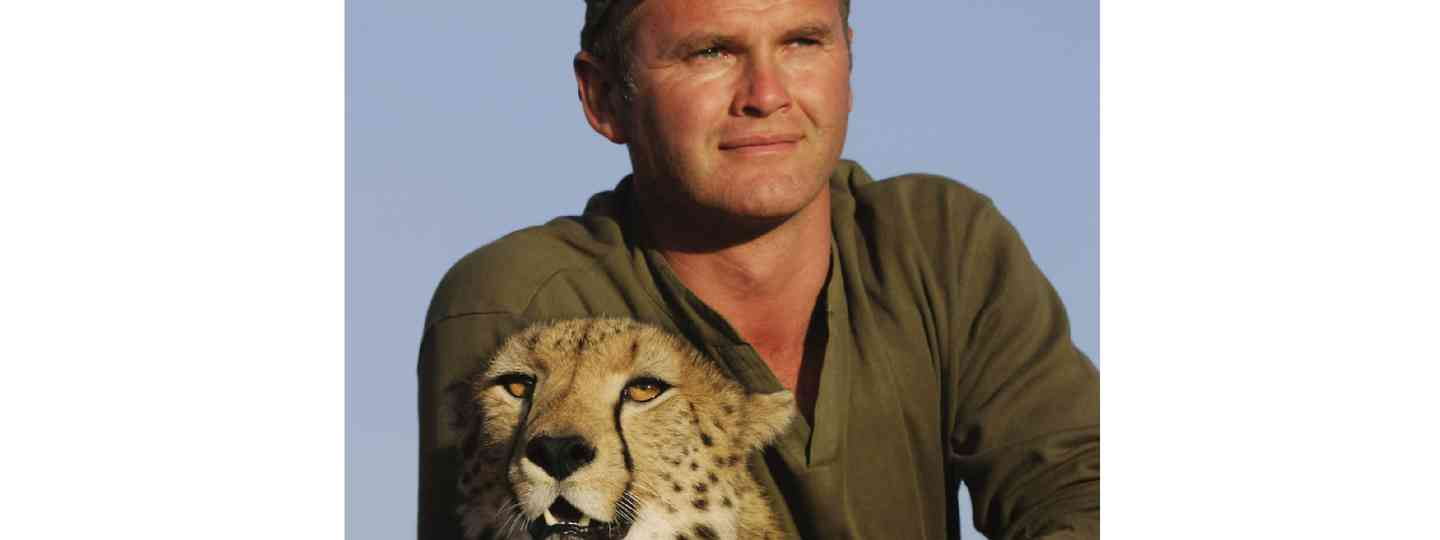 Simon King with Toki the cheetah (Supplied: Simon King)