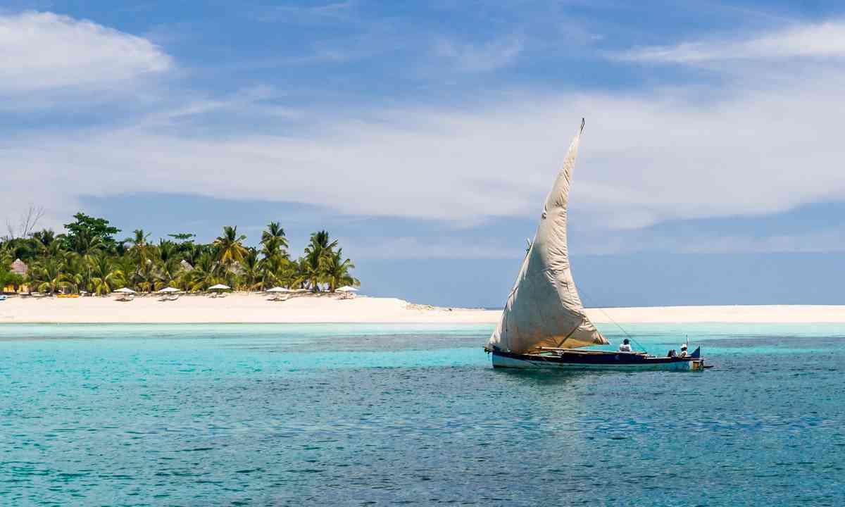 Fishing boat, Nosey B (Shutterstock.com)