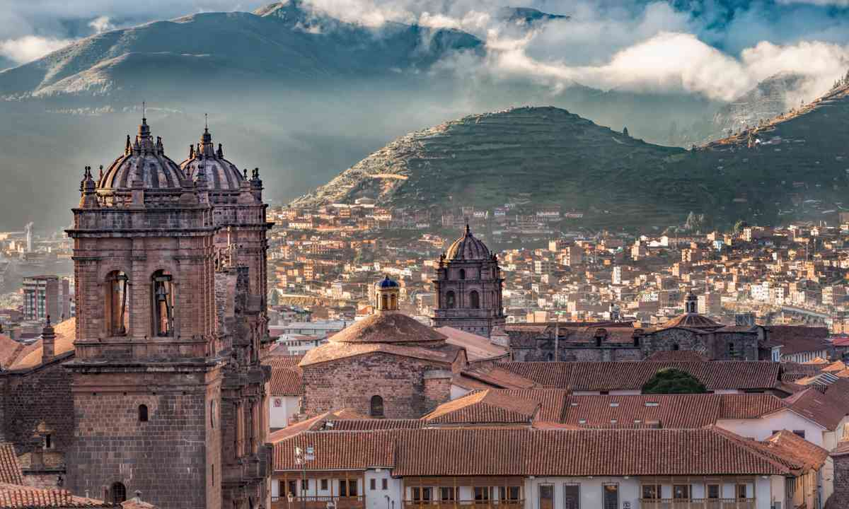 Early morning Cusco (Shutterstock.com)